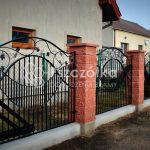 Nowoczesne ogrodzenia z bloczków betonowych