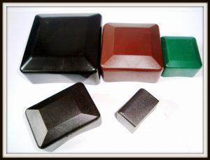Zaślepki, kapturki zewnętrzne nasłupki kwadratowe - profil kwadratowy